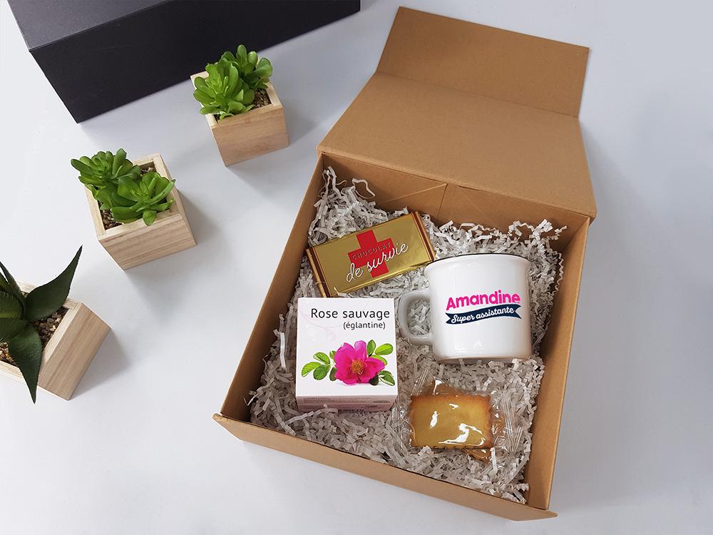 coffret cadeau evenement en entreprise welcome pack pour employes ecocube mug gateaux chocolat